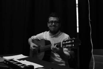 Camilo Menjura - Musician